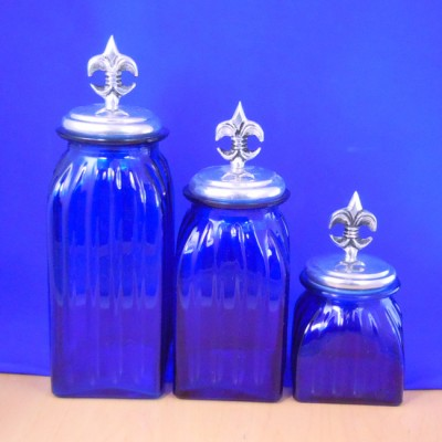 40074BLUE - SQUARE MEDIUM BLUE CANISTER SET / W SILVER FDL LIDS
