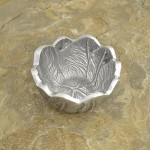 52495 - SMALL LEAF DESIGN BOWL