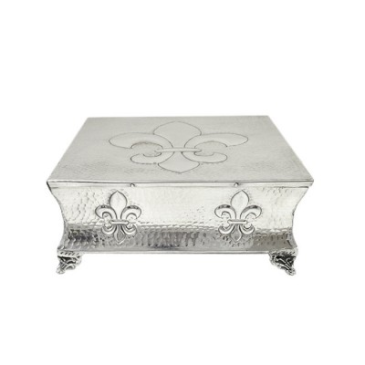 """80069C - SMALL SQUARE HAMMERED FDL CAKE PLATEAU - 12"""""""