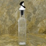 31484-BK-WH-9 0z. BLACK & WHITE GRAVITY LID OIL & VINEGAR BOTTLE