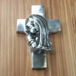 "52356 - GIRL PRAYING WALL CROSS 3.75""X.5""X5.5"""