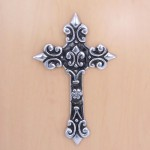 31083- ALUMINIUM WALL CROSS