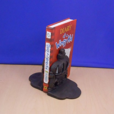 420001- METAL CROWN BOOK END