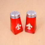 G60025R-SILVER - RED SQUARE SALT-PEPPER W/SILVER FDL