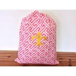 32620-CORAL GREEK KEY DESIGN LAUNDRY BAG W/GOLD FDL