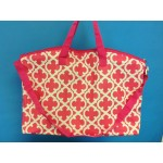 32579-PINK/WHITE QUATREFOIL DESIGN TRAVEL,BEACH OR SHOPPING TOTE