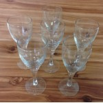 181143 - CLEAR  WINE GLASSES  set of (6)