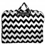 180524-BLACK/WHITE CHEVRON PRINT GARMENT BAG