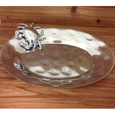 52502 - LARGE OVAL DENTED DESIGN W/CRAB