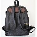 9144 - BLACK MEDIUM  BACKPACK