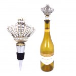 1005-CL - CLEAR STONE WINE STOPPER / W CROWN DESIGN