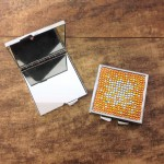 ST32118 - COMPACT MIRROR / W AMBER CRYSTAL