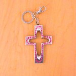 7010-PINK CRYSTAL CROSS / SILVER KEY CHAIN HOLDER