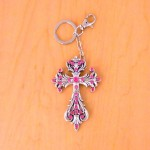7017-PINK CRYSTAL CROSS / SILVER KEY CHAIN HOLDER