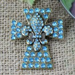 1029TQ - TURQUOISE STONE CROSS CANDLE PIN W / FDL