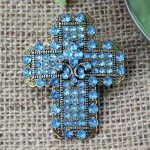 1035AM - TURQUOISE STONE CANDLE PIN W / CROSS