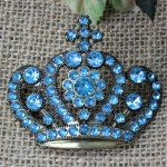 1032TQ - TURQUOISE STONE CANDLE PIN W / CROWN