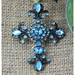 1027TQ - TURQUOISE STONE CANDLE PIN W / CROSS