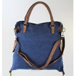 9190 - BLUE CANVAS DUFFLE BAG