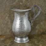 3525-HAMMERED PITCHER W/HANDLE