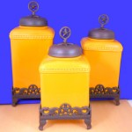 60003 MUSTARD CERAMIC LARGE CANISTER SET W / STAR COPPER LIDS & BASE