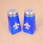 G60025BLUE - BLUE SQUARE SALT-PEPPER W/SILVER FDL