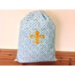 32619-AQUA GREEK KEY DESIGN LAUNDRY BAG W/GOLD FDL