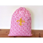 32618-PINK GREEK KEY DESIGN LAUNDRY BAG W/GOLD FDL